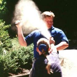 efectos fisicos que causa el gas pimienta